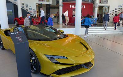 Mythos Ferrari: Scuderia-Erlebniswelt bei Moll zu Gast
